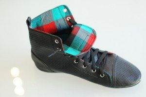 Plaid Lining Fair Trade Leather Shoes